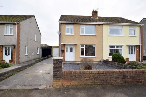 3 bedroom semi-detached house for sale - 32 Davies Avenue, Litchard, Bridgend, Bridgend County Borough, CF31 1PS.
