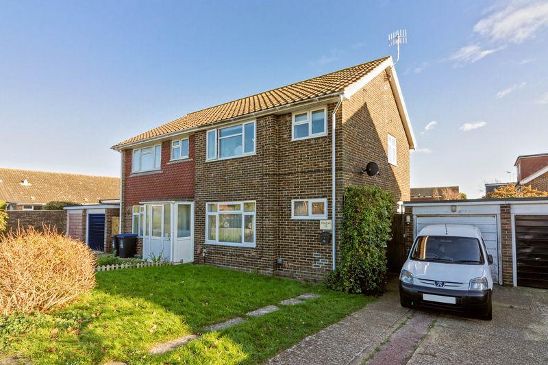 3 Bedrooms Semi Detached House for sale in Test Road, Sompting