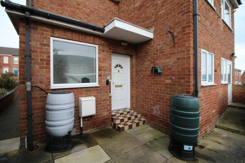 1 Bedroom Apartment Flat for sale in Shallmarsh Road, Bebington