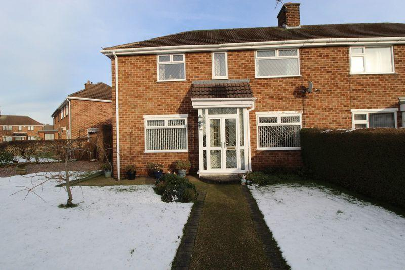 3 Bedrooms Semi Detached House for sale in Ridgefield Road, Pensby
