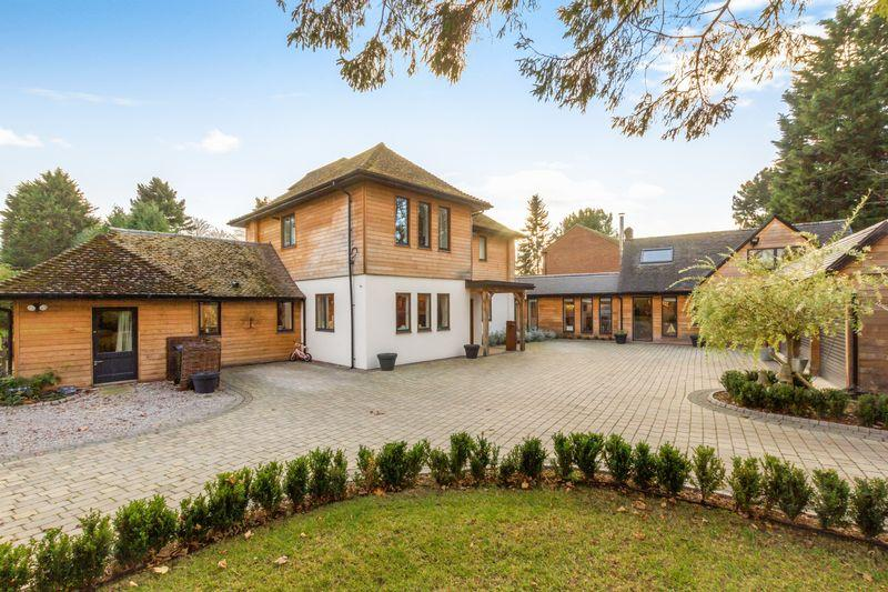 6 Bedrooms Village House for sale in Sandy Lane, Yarnton