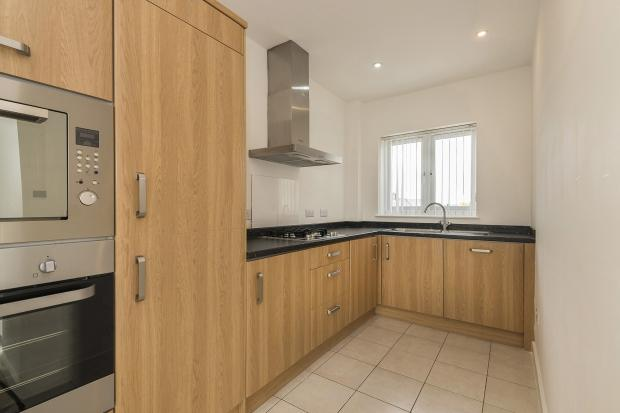 2 Bedrooms Apartment Flat for sale in Avenue Road, Bexleyheath, DA7