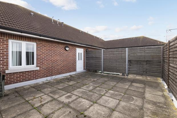 2 Bedrooms Terraced House for sale in Avenue Road, Bexleyheath, DA7