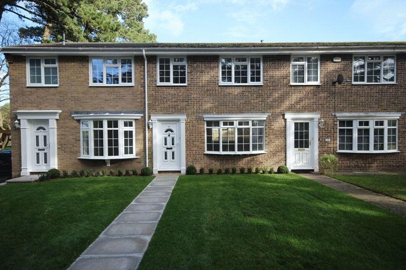 2 Bedrooms Terraced House for sale in MUDEFORD CHRISTCHURCH