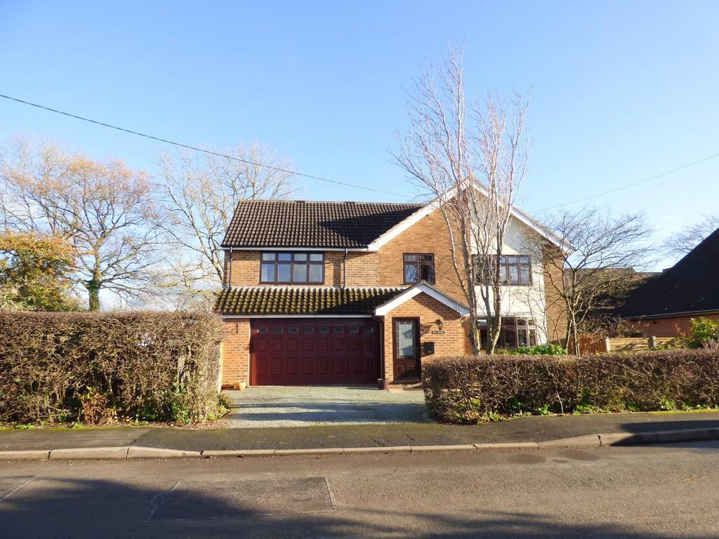 4 Bedrooms Detached House for sale in Dalbury Lees, Ashbourne