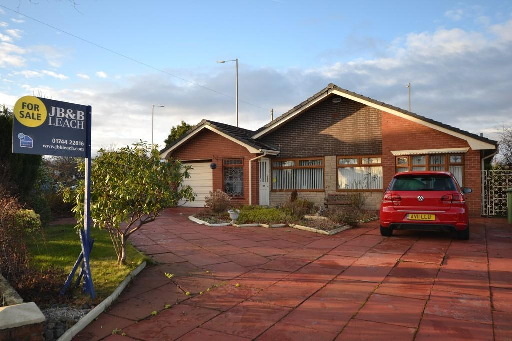 4 Bedrooms Detached Bungalow for sale in Tern Way, Eccleston Hill