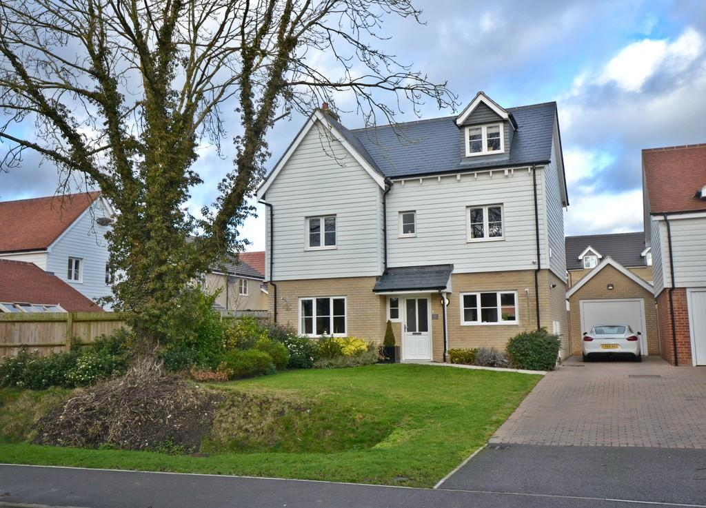 4 Bedrooms Detached House for sale in Eldridge Close, Clavering