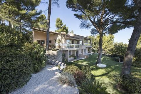 3 bedroom villa  - Villeneuve Les Avignon, Gard, Languedoc-Roussillon