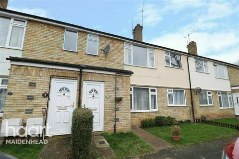 2 bedroom maisonette to rent - Green Close, Maidenhead, SL6 7JL