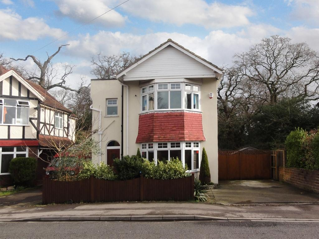 3 Bedrooms Detached House for sale in Upper Shirley, Southampton