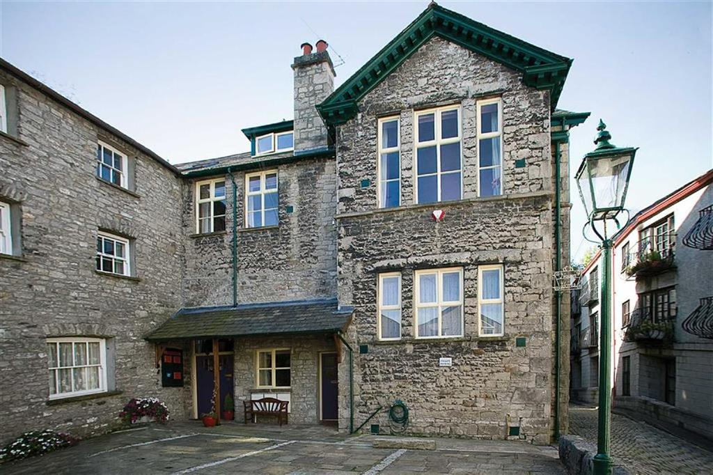 3 Bedrooms Duplex Flat for rent in Highgate, Flat 3, New Inn House Kendal, Cumbria
