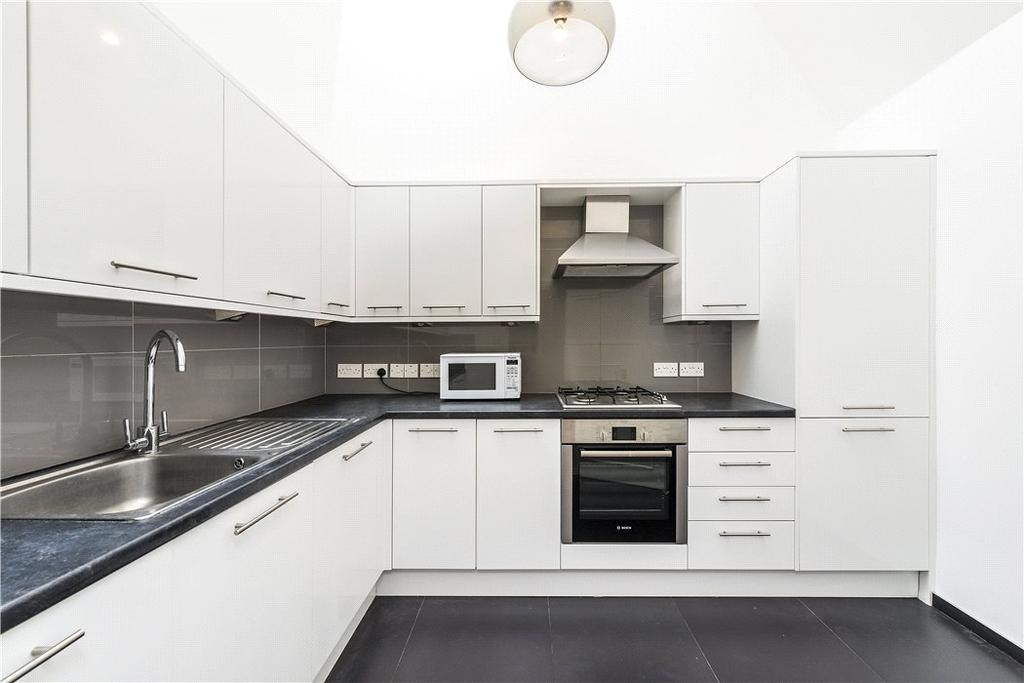 3 Bedrooms Flat for sale in Queen's Gate, South Kensington, London, SW7