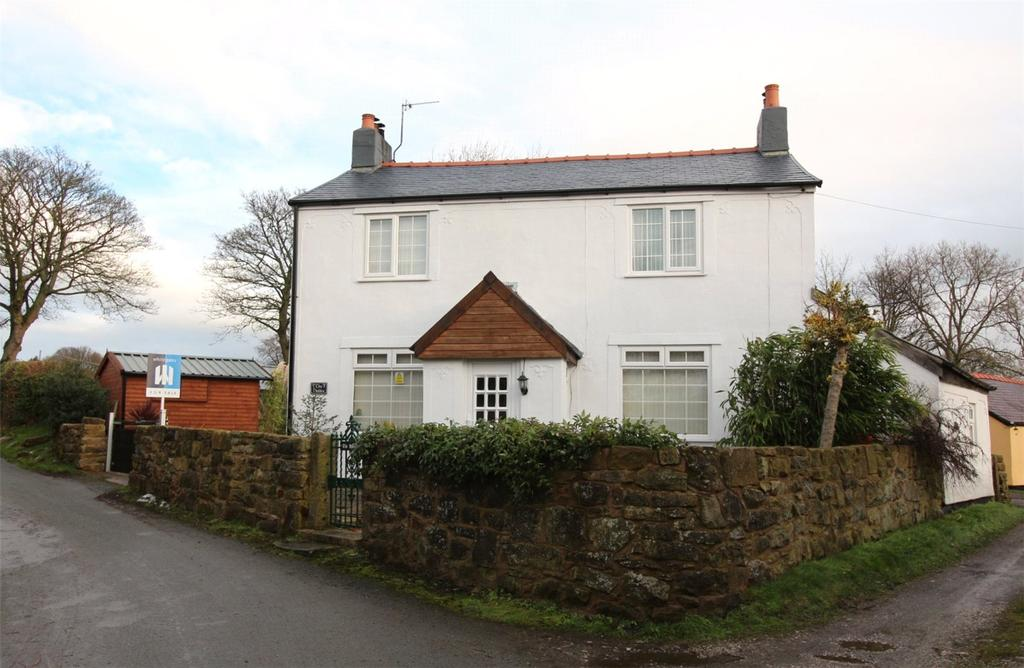 3 Bedrooms Detached House for sale in Drefechan, Penycae, Wrexham, LL14