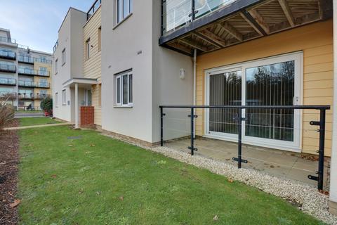 2 bedroom ground floor flat for sale - Gisors Road, Southsea
