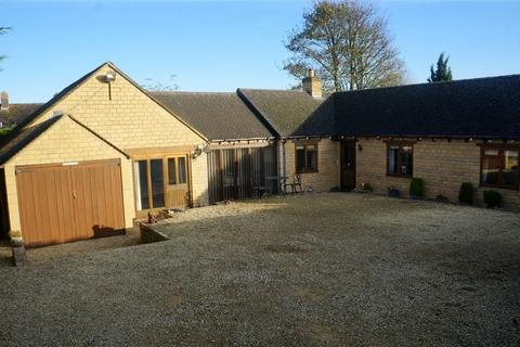 3 bedroom detached bungalow for sale - Sterling Close, Stow-on-the-Wold, Gloucestershire