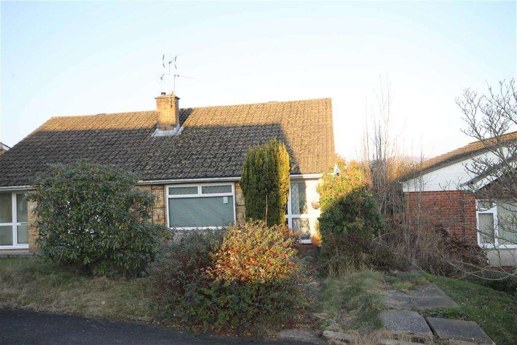 2 Bedrooms Semi Detached Bungalow for sale in Carmarthen Court, Caerphilly