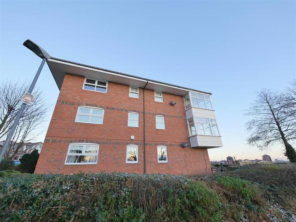 2 Bedrooms Apartment Flat for sale in Topcliff, Sunderland