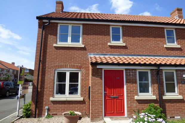 3 Bedrooms Semi Detached House for sale in Riverhead, Louth, LN11