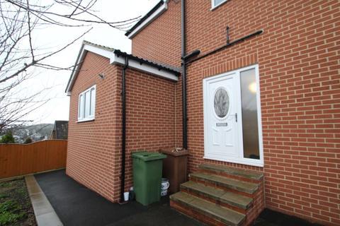 2 bedroom semi-detached house to rent - BLACKWOOD AVENUE, LEEDS, LS16 7BN