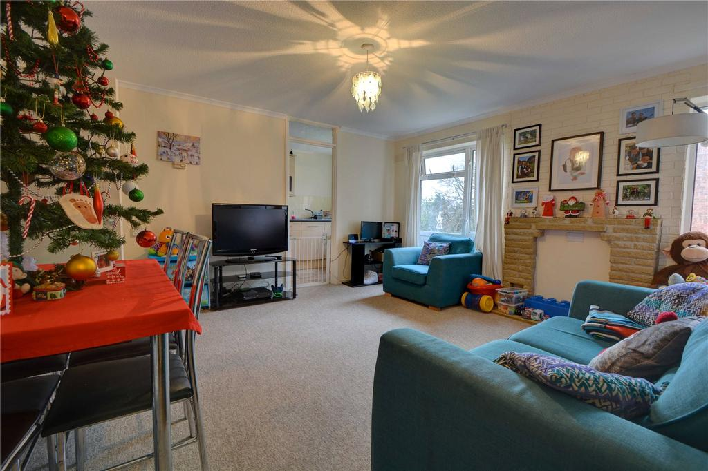 2 Bedrooms Maisonette Flat for rent in Hopeswood, Greatham, Liss, Hampshire