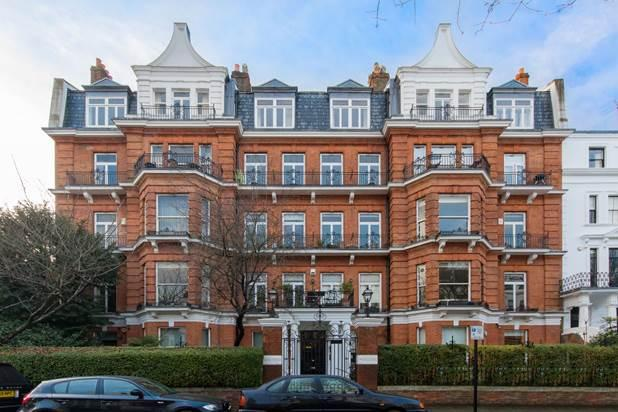 3 Bedrooms Flat for sale in Hereford Road, London, W2