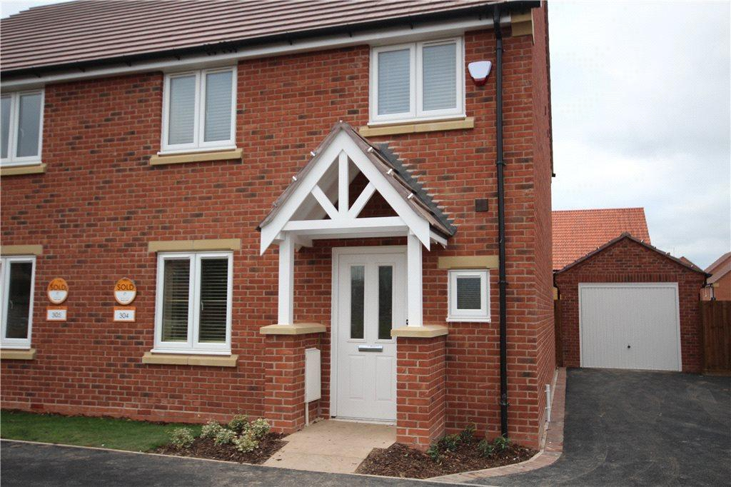 3 Bedrooms Semi Detached House for rent in Prescott Drive, Copcut, Droitwich, Worcestershire, WR9