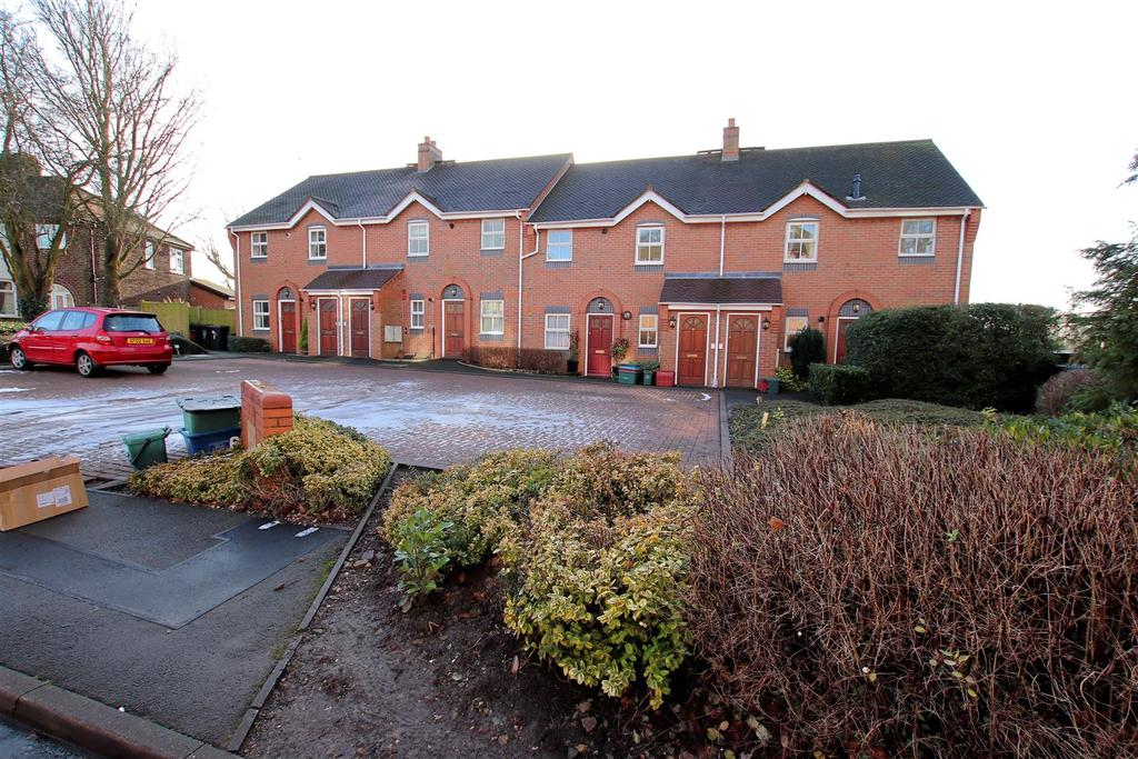 2 Bedrooms Apartment Flat for sale in Cricketers Mews, Knutton Road, Wolstanton, Newcastle
