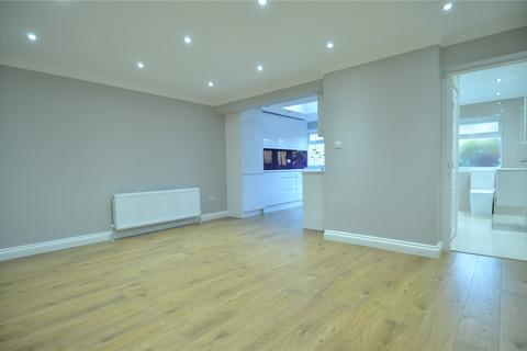 1 bedroom apartment to rent - Lacon Road, London, SE22