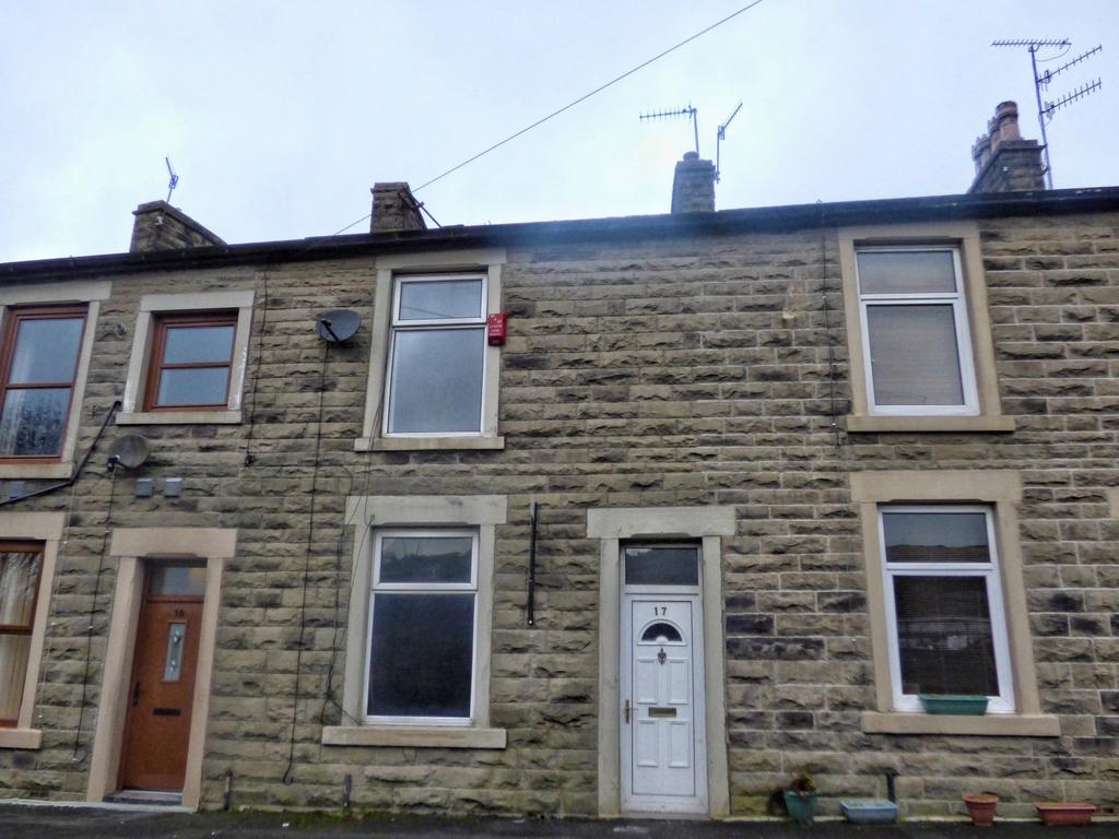 2 Bedrooms Terraced House for sale in Carr Hall Street, Haslingden, Rossendale, Lancashire, BB4