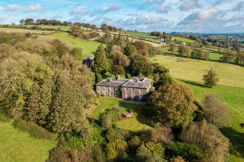 8 bedroom country house for sale - Llanybydder, Carmarthenshire