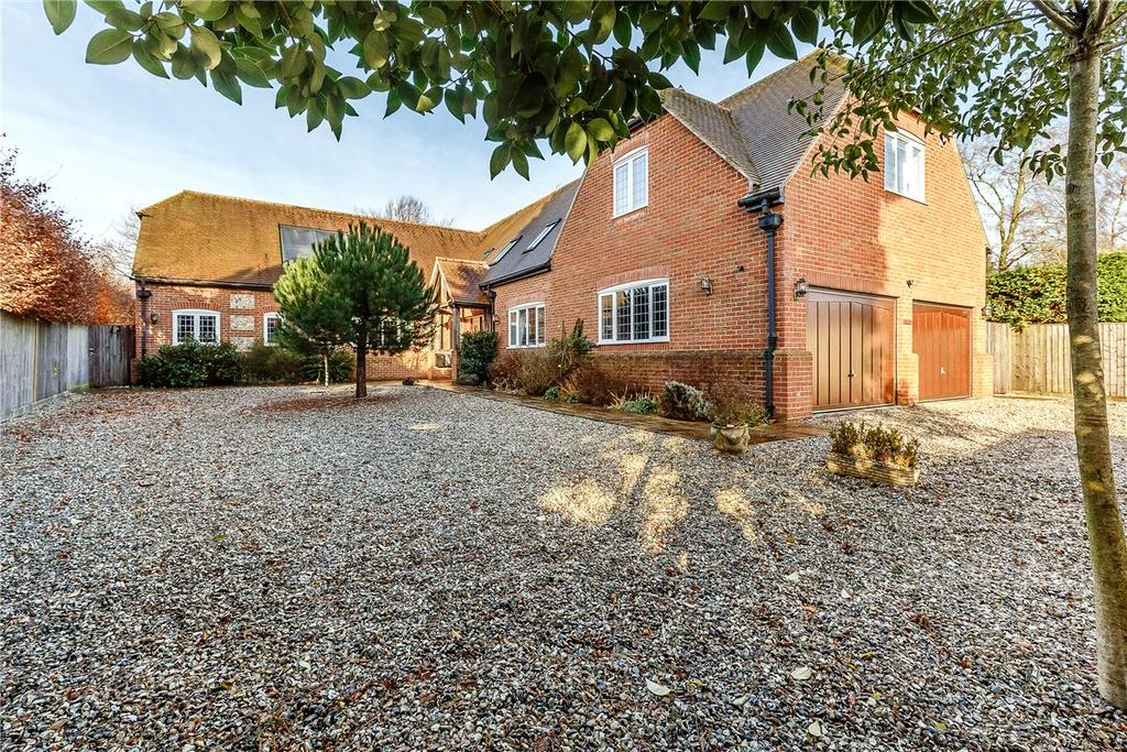 5 Bedrooms Detached House for sale in Bottlesford, Pewsey, Wiltshire, SN9