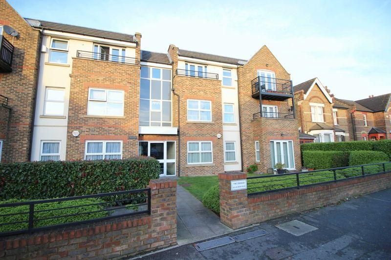 2 Bedrooms Flat for sale in THE GRANGE, 293-295 Main Road, Sidcup, DA14 6QL