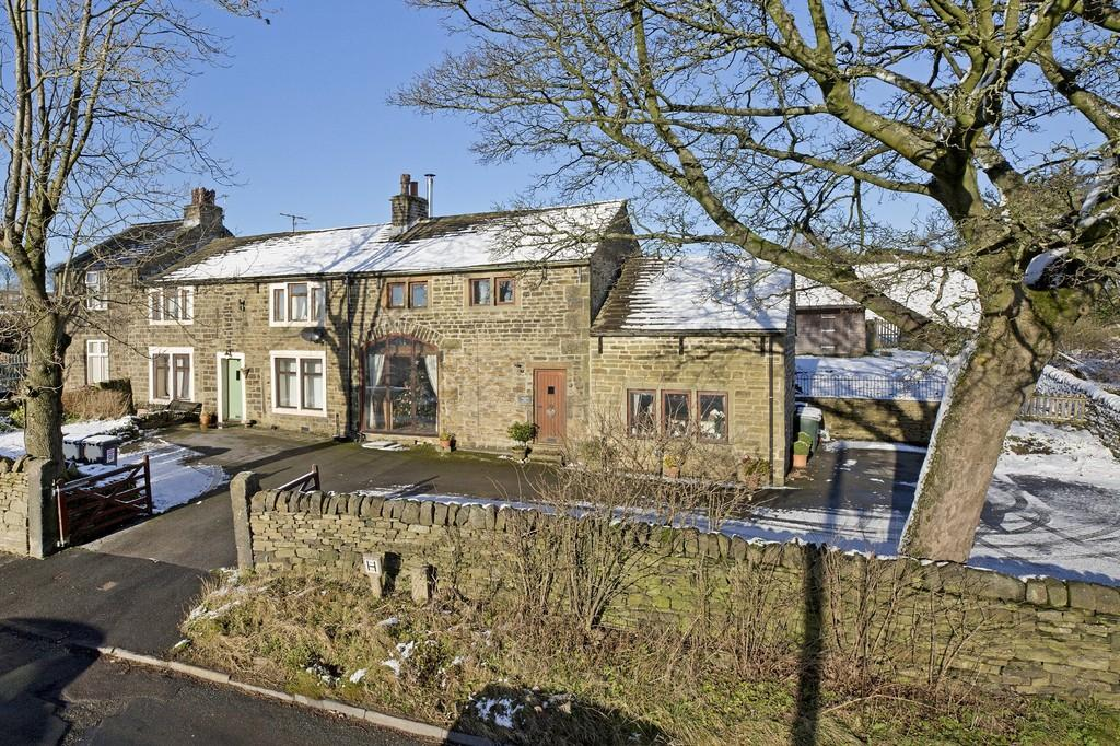 2 Bedrooms Barn Conversion Character Property for sale in Black Hill Lane, Keighley