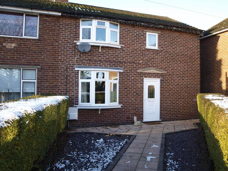 3 Bedrooms Semi Detached House for sale in Astbury Drive, Barnton, CW8 4PX