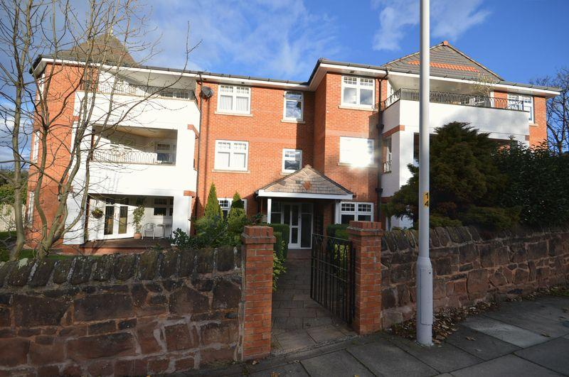3 Bedrooms Apartment Flat for sale in Grange Road, West Kirby