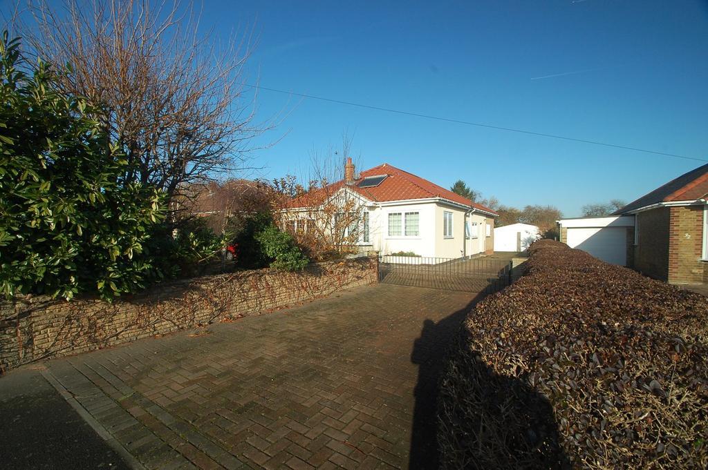 5 Bedrooms Detached House for sale in Hartlip Hill, Hartlip, Sittingbourne, ME9