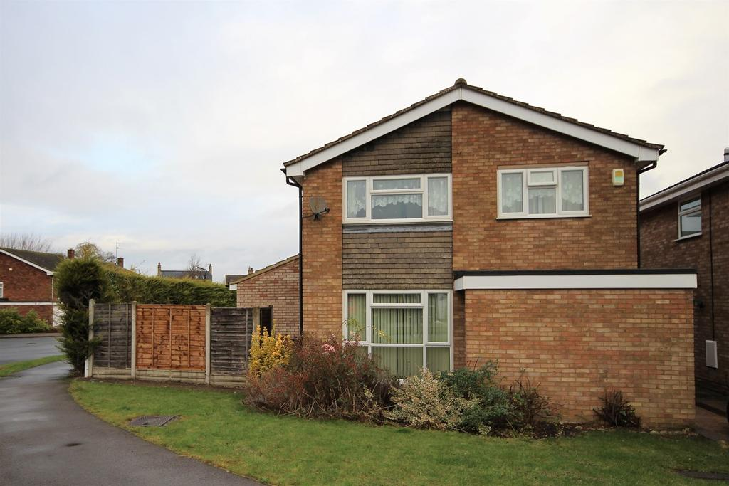 4 Bedrooms Detached House for sale in Knolls Way, Clifton, Shefford, SG17