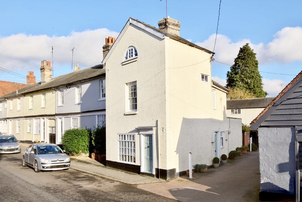 2 Bedrooms End Of Terrace House for sale in Bridge Street, Coggeshall, CO6 1NP