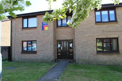 Studio to rent - Limeslade Close, Fairwater