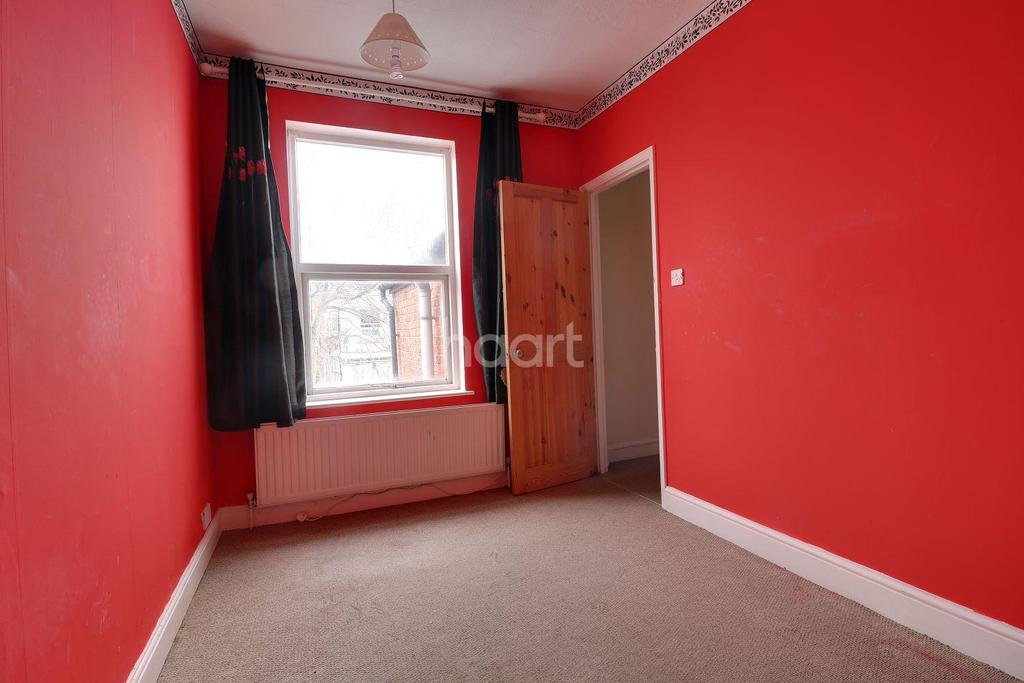 3 Bedrooms Terraced House for sale in Baker Street Northampton
