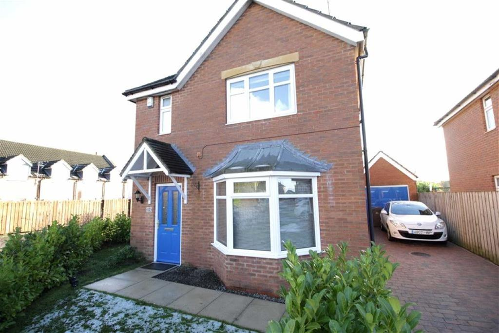 3 Bedrooms Detached House for sale in St Margaret's View, Long Riston, East Yorkshire