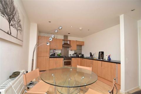 2 bedroom apartment to rent - Regents Quay, Brewery Wharf, Leeds, LS10