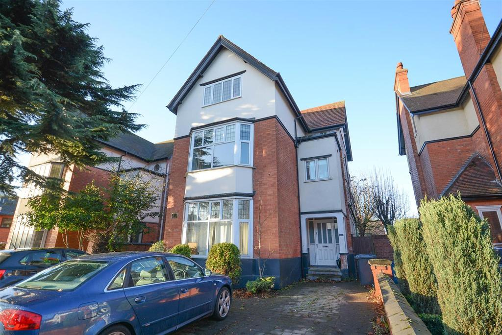 2 Bedrooms Apartment Flat for sale in Musters Road, West Bridgford, Nottingham