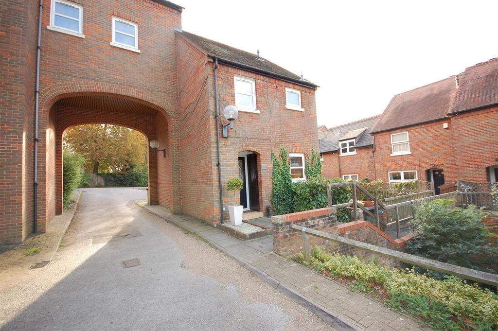 2 Bedrooms Link Detached House for sale in Church Lane, Old Hatfield