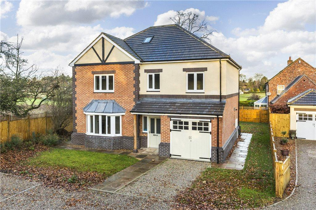 4 Bedrooms Detached House for sale in Clotherholme Court, Clotherholme Road, Ripon, North Yorkshire