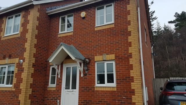 2 Bedrooms End Of Terrace House for rent in Tro Tircoed, Penllergaer, SA4 9FU