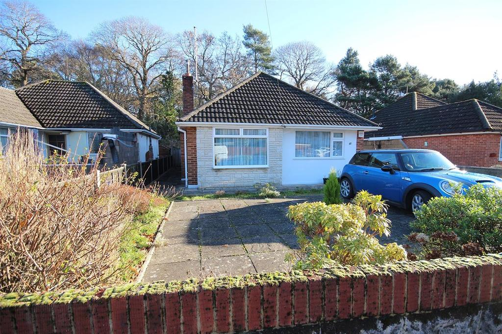 3 Bedrooms Detached Bungalow for sale in Plantation Road, Poole