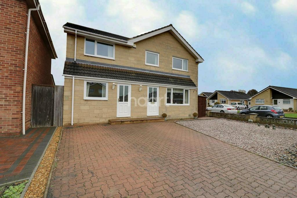5 Bedrooms Detached House for sale in Greenmeadow, Swindon, Wiltshire