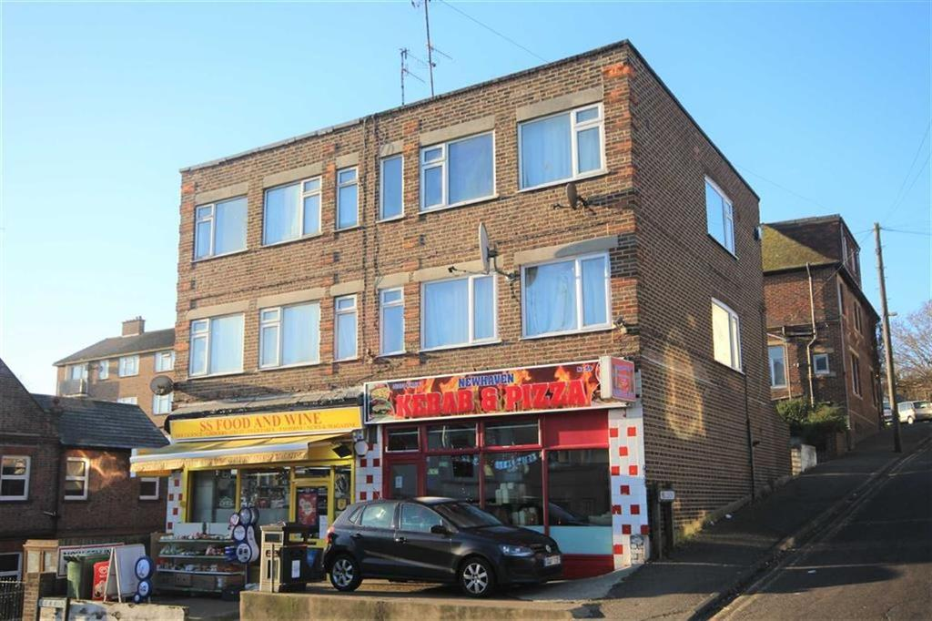 2 Bedrooms Flat for sale in South Road, Newhaven