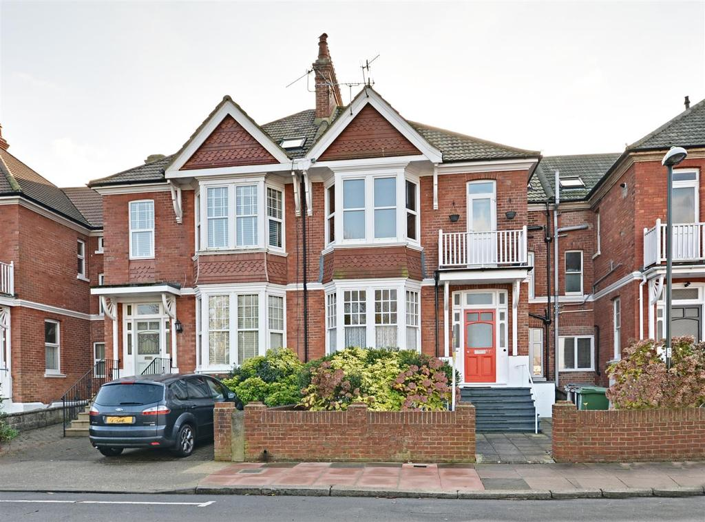 3 Bedrooms Maisonette Flat for sale in Egerton Road, Bexhill-On-Sea